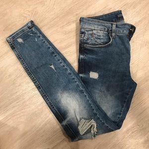 Zara distresses jeans
